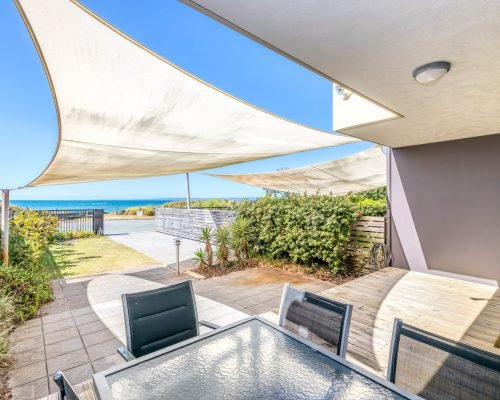 three-bedroom-beachfront-villa-apartment-1