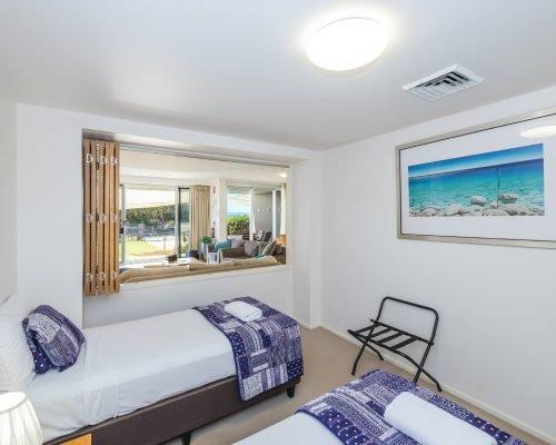 three-bedroom-beachfront-villa-apartment-5