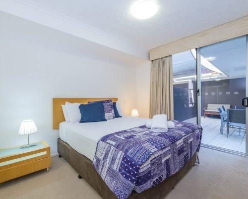 three-bedroom-beachfront-villa-apartment-6
