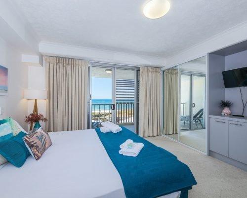 two-bedroom-beachfront-spa-penthouse-villa-4