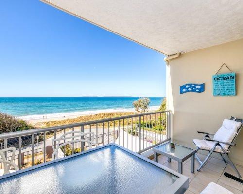 two-bedroom-beachfront-spa-penthouse-villa-7